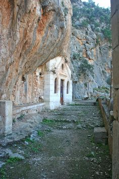 Agia Triada Monastery is situated on the northern side of the Akrotiri Peninsula, around from the picturesque city of Chania. Agia Triada Monastery was bui(. Crete, House Styles, Travel, Places, Viajes, Traveling, Trips, Tourism