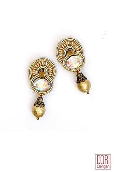 small earrings : La Divina Pearl Drop Earrings
