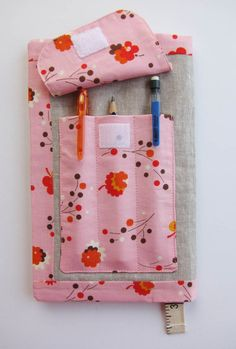 Sketch Book Cover with pencil pocket :: Free pattern and tutorial   Sew Mama Sew  
