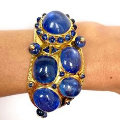 """Selma's Velvet Castle on Instagram: """"A sublime sapphire bracelet of unusual design by @cartier Over 200 carats natural unheated sapphires and yellow gold. Cartier Paris, circa…"""" Sapphire Bracelet, Luxury Jewelry, Cartier, Bracelet Watch, Velvet, Yellow, Bracelets, Gold, Accessories"""