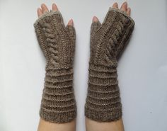 elegant gloves by madewithlovenatali on Etsy Knitted Gloves, Fingerless Gloves, Elegant Gloves, Arm Warmers, Mittens, Trending Outfits, Unique Jewelry, Handmade Gifts, Clothes