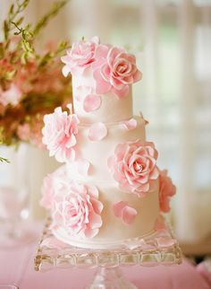 Sweet Roses Wedding Cake