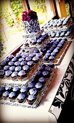 Cupcake display. Square cake pedestal! make it!