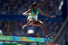 Etenesh Diro of #ETH qualified to the final with only one running shoe! #Athletics #Olympics