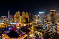 Landscape photography at Dubai marina #dubai #uae #vlog #travelblogger #vlog #love #like4like #photooftheday #photographer #photography #photoshoot #lanscape #cityscape #nightphotography #mydubai #marina #lighting #realestate