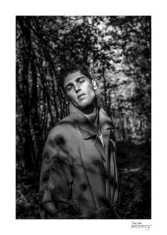 Italian leading Top model Fabio Mancini (D'Men) returns on our pages with a series of stunning new images, shot by a young Italian photographer, named Virginia Di Mauro. Captured in timeless black & white images, Fabio explores the silent woods, wearing a wardrobe where pieces from the likes of Burberry and Emporio Armani are mixed with vintage numbers. Looking handsome as usual, Fabio is captured surrounded by natural lights and shadows, reminding us once again the fact that it's…