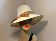 Woman's Straw Fedora Ivory and Camel Glamour