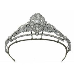 Anglophilia & Elegance ❤ liked on Polyvore featuring accessories, crowns, jewelry and tiara
