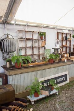 My Brimfield highlights from the latest market in May So much fun walking around and being inspired. What did you find? Antique Booth Displays, Antique Booth Ideas, Brimfield Antique Show, Fun Walk, Bike Shed, Store Displays, Farmhouse Chic, Architectural Salvage, Antique Shops