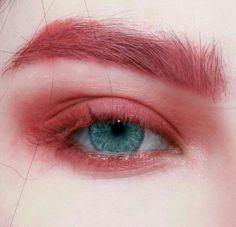 Red eye make-up up aesthetic Eye Makeup Art, Cute Makeup, Pretty Makeup, Beauty Makeup, Makeup Looks, Hair Makeup, Clown Makeup, Makeup Artistry, Makeup Trends