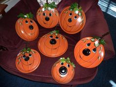 UPCYCLE old cooking pan lids into Pumpkins!