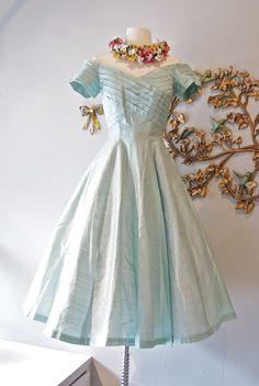 Blue taffeta 1950s party dress
