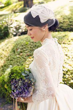 30 Ideas Vintage Bridal Hairstyles With Veil Bridesmaid Dresses For 2019 Wedding Bridesmaid Dresses, White Wedding Dresses, Bridal Dresses, Wedding Gowns, Fluffy Wedding Dress, Vintage Bridal Bouquet, Elegant Ball Gowns, Bridal Style, Wedding Styles