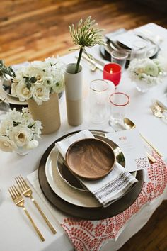 Another option...patterned napkins with hotel white linens and like the wood bowl.