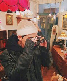 a narcissist so praise me Donald Glover, Kanye West, Rapper, Kwon Hyuk, Nerd, Hip Hop And R&b, Photography Illustration, Boyfriend Pictures, Kpop