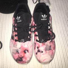 049aa135d864d Adidas Adidas Zx Flux (Torsion). Pink floral print. Boys 4