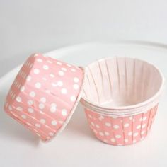 Caissette Cupcake à pois - Rose Pâle x10 - Lanternes.fr - Lanternes en papier, lampions et accessoires deco  1,50€