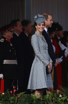 Kate Middleton debuts baby bump as she makes public comeback in style - Photo 4 | Celebrity news in hellomagazine.com