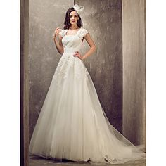 Lanting A-line/Princess Plus Sizes Wedding Dress - Ivory Sweep/Brush Train Queen Anne Tulle/Lace – USD $ 170.99