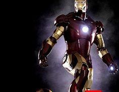 Un super-héros, des armures.