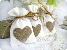 Set of 120-Wedding favor bags - White Rustic Linen Wedding Favor Bag with natural linen hearts or Candy Buffet Bag or Gift Bag