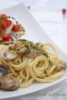 Spaghettoni alle vongole e Pesce Spatola al forno