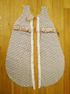 Nähblog 'Sauber eingefädelt': Ich nähe einen Baby-Schlafsack für ein Frühchen