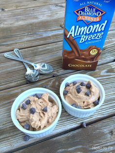 Peanut butter chocolate banana ice cream - Hello to Fit