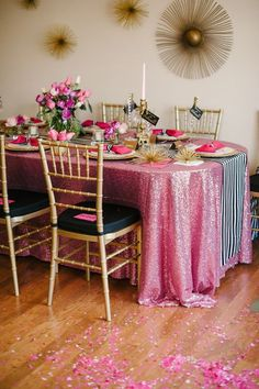 Mauve Sequin Tablecloth | Pink Sequin Table Linen | Pink Soiree Kate Spade Inspiration #sequin-tablecloths