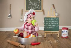 Cute Kids Pics, Cute Baby Pictures, Chef Pictures, Half Birthday Baby, 6 Month Baby Picture Ideas, Baby Announcement Pictures, Newborn Photo Outfits, Monthly Baby Photos, Baby Cooking