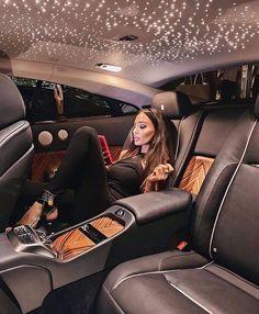 Visit all of your dream de. Millionaire Homes, Luxury Lifestyle Fashion, Luxury Fashion, Luxury Homes Dream Houses, Billionaire Lifestyle, Under The Stars, Luxury Interior Design, Interior Ideas, Luxury Beauty