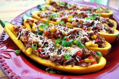 Low-Carb Tex-Mex Stuffed Squash Boats- Amee's Savory Dish - - A delicious low-carb recipe for stuffed squash boats made with Gold Rush squash, grass-fed ground beef, red peppers, scallions, and Tex-Mex spices. Vegetarian Mexican Recipes, Indian Veg Recipes, Healthy Eating Recipes, Real Food Recipes, Baking Recipes, Clean Eating Breakfast, Clean Eating Dinner, Keto Dinner, Clean Eating Results