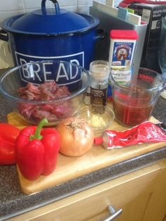 Vicki-Kitchen: Beef Goulash in the slow cooker (slimming world friendly)