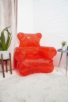 I want it! Inflatable Bear Chair