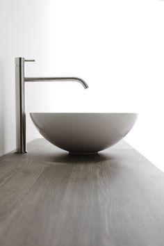 INOX steel deck-mount in satin finish. Designed for sinks. Large Bathroom Design, Bathroom Design Luxury, Large Bathrooms, Raised Deck, Steel Deck, Luxury Shower, Installation Manual, Basin Mixer, Decorative Trim