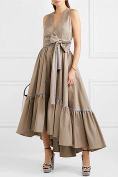 https://www.net-a-porter.com/be/en/product/1004754/silvia_tcherassi/vico-striped-canvas-trimmed-tiered-cotton-blend-twill-midi-dress