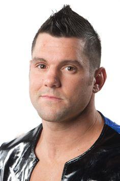 [Forme] Un lutteur de la TNA blessé A211ecfd063503b60d119e9b401da16f
