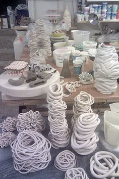 Discover thousands of images about Viktoria ceramic studio cph, v�rksted, vesterbrogade copenhagen ceramics, software, Christina Schou Christensen Ceramic Wall Art, Ceramic Clay, Ceramic Pottery, Pottery Sculpture, Sculpture Clay, Cement Crafts, Clay Crafts, Keramik Design, Coil Pots