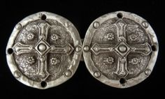 Cross Shield Cloak Clasp. This clasp will work for most medieval & renaissance style cloaks. Just a good accessory for a medieval costume. Made with fine pewter in Boise Idaho