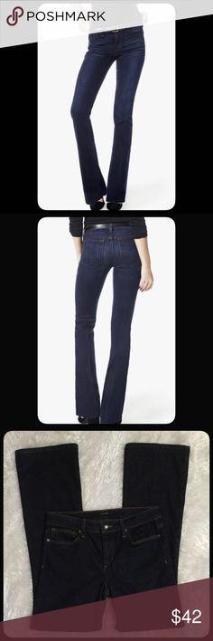 "🆕Joe's Jeans Skinny Bootcut Dark wash skinny boot cut jeans by Joe's Jeans. Size 28. Measures approximately  Waist 15"" across, rise 9"", length 30"". EUC. Joe's Jeans Jeans Boot Cut"