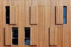 Uffici pubblici in Francia. L'ampliamento in Legno in che si distacca dall'esistente | LegnoOnWeb