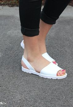 Jelly Shoes, Jelly Sandals, Cute Shoes, Me Too Shoes, Plastic Shoes, Ladies Footwear, Trainers, Cool Style, Kicks