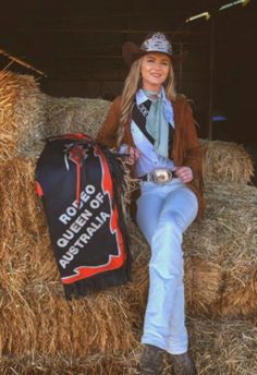 Meet Bonnie Mclean- Rodeo Queen of Australia… Part 1 – The Equestrianista Rodeo Outfits, Queen Outfit, Rodeo Queen, Custom Hats, Lei, Cowgirls, Pageant, Adventure Time, Photography Ideas
