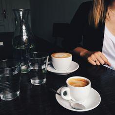 coffee at TriCafé in Prague / photo by Teodorik Mensl
