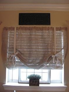 burlap window shade for kitchen (MOM! With the burlap print you saw at JoAnns)