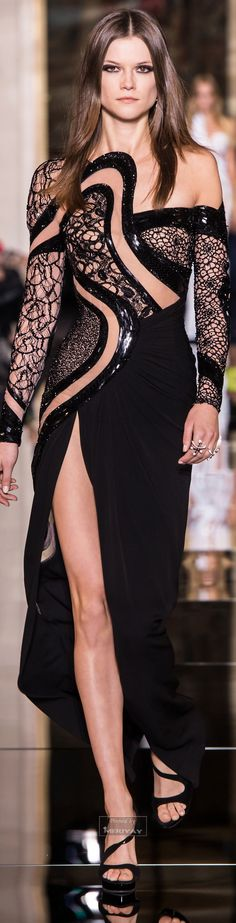 Atelier Versace Couture Spring 2015.