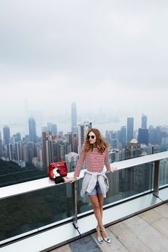 Chiara ferragni in hong kong hongkong outfit travel, travel pose, hong Hongkong Outfit Travel, Travel Pose, Hong Kong Fashion, The Blonde Salad, Looking Gorgeous, Alter, Passion For Fashion, Your Style, Style Inspiration
