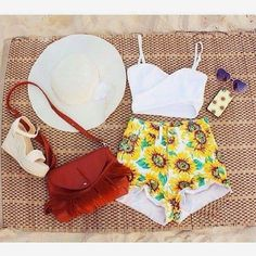 How to Chic: SUNFLOWERS SHORTS