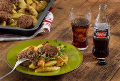 Μπιφτέκια αφράτα με λεμονάτες πατάτες στο φούρνο-featured_image