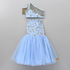 Shop online for Indian Ethnic wear for your baby, toddler or child. Choose from a range of modern or traditional, vibrant and colourful outfits. We also customise Indian Ethnic Wear. Baby Girl Party Dresses, Party Wear Dresses, Little Girl Dresses, Girls Dresses, Baby Frocks Party Wear, Baby Girl Lehenga, Kids Lehenga, Kids Indian Wear, Kids Ethnic Wear